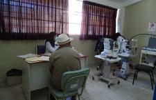 Vuelven atenciones oftalmológicas en hospital Simón Bolívar