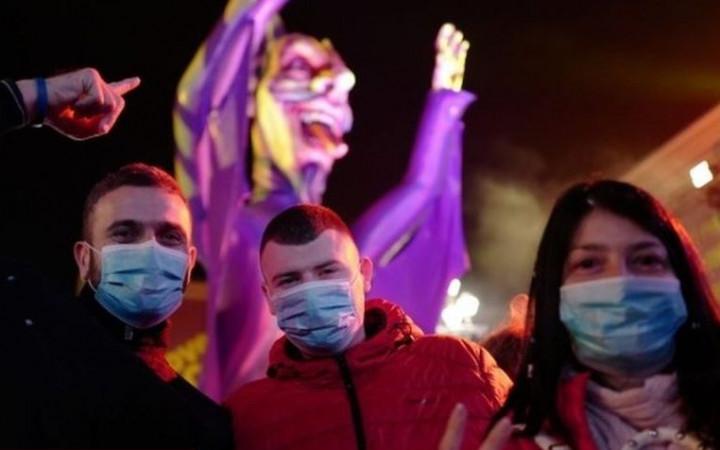 Gobierno prohíbe las fiestas por Halloween y Día de la Canción Criolla para evitar alza de casos COVID-19